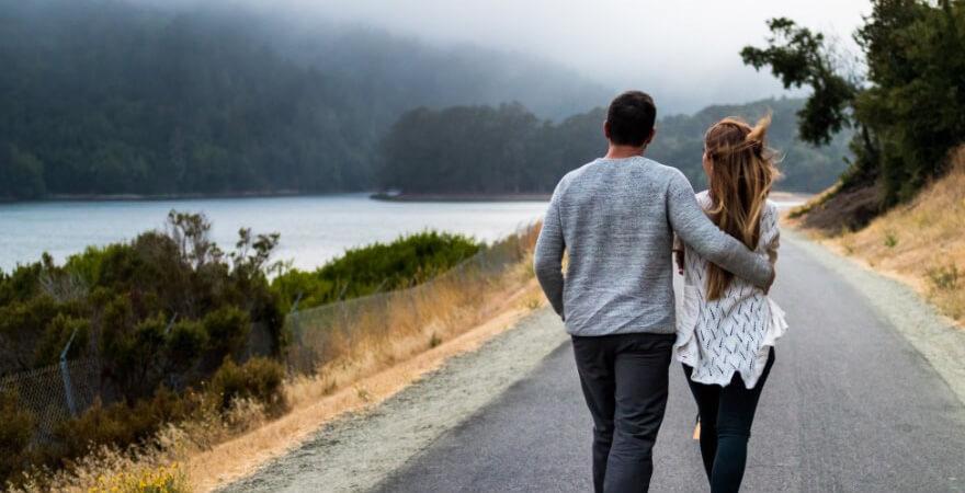 結婚前,貯金,隠す